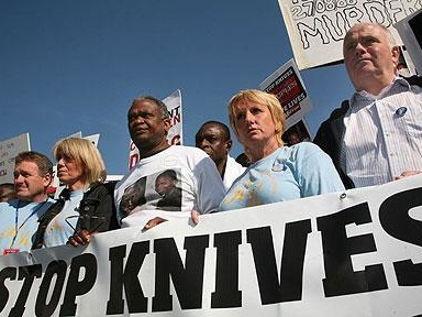 With Gun Ban Not Working, Politicians In Britain Now Want To Ban Knives Nationwide