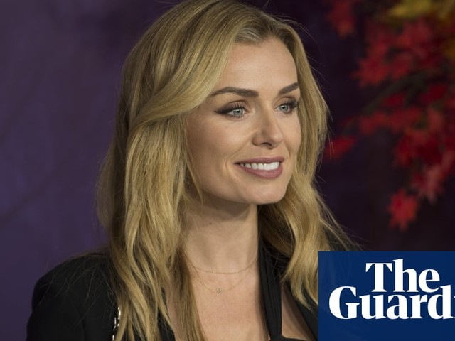 Girl who mugged singer Katherine Jenkins willing to apologise