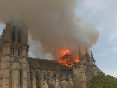National Geographic announces brand new documentary 'Notre-Dame: Race Against the Inferno'