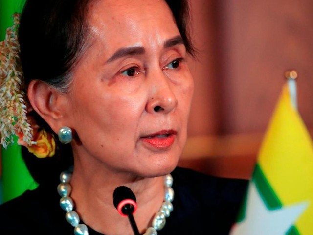 Suu Kyi to defend Myanmar in genocide case