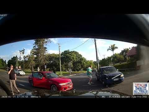 Aussie Driver Blasts Through Intersection, Causes Crash, Tries To Flee
