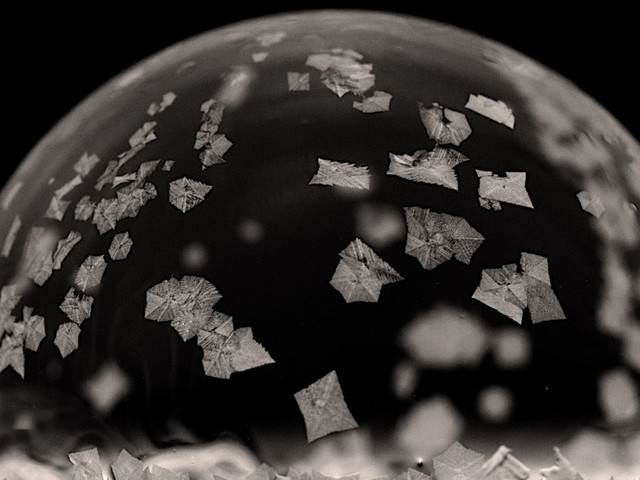 The science behind those viral videos of freezing soap bubbles