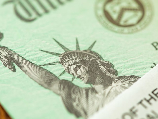 You Can Still Get a Stimulus Check If You're a Low-Income Earner