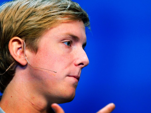 Facebook's co-founder made a passionate plea to break up the social network, but legal experts say the idea may be dead on arrival (FB, MSFT)