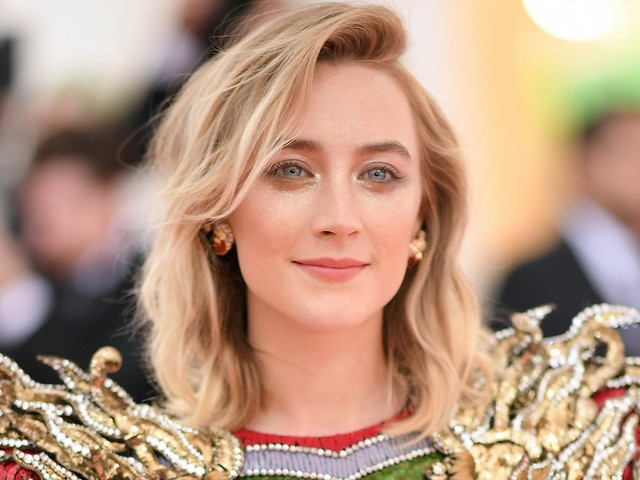 Saoirse Ronan Just Chopped Her Hair Into Fall's Chicest Bob