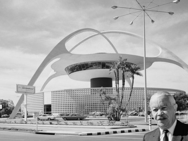 From LAX to Frank Sinatra's house, Paul R. Williams' architecture defined mid-century California