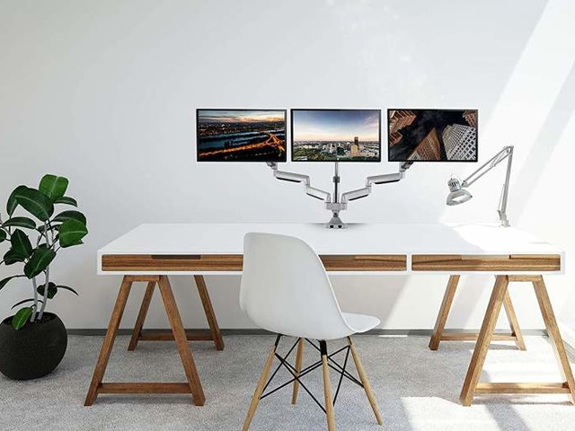 7 Best Triple Monitor Stands Available Now (2020)