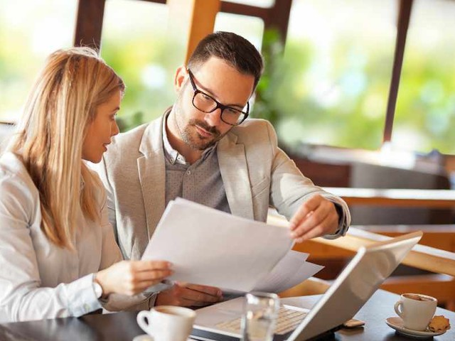 LLP vs LLC: What's Best for Your Business?