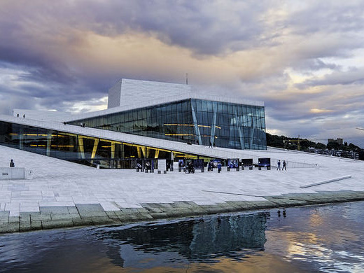 Scandinavian Airlines: San Francisco – Oslo, Norway. $451 (Regular Economy) / $396 (Basic Economy). Roundtrip, including all Taxes