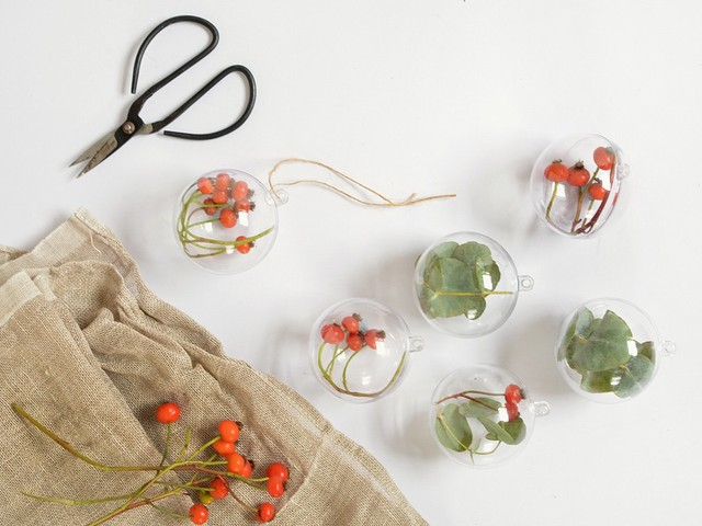 Super Simple Holiday Decor To Make In 30 Minutes (Or Much Much Less)
