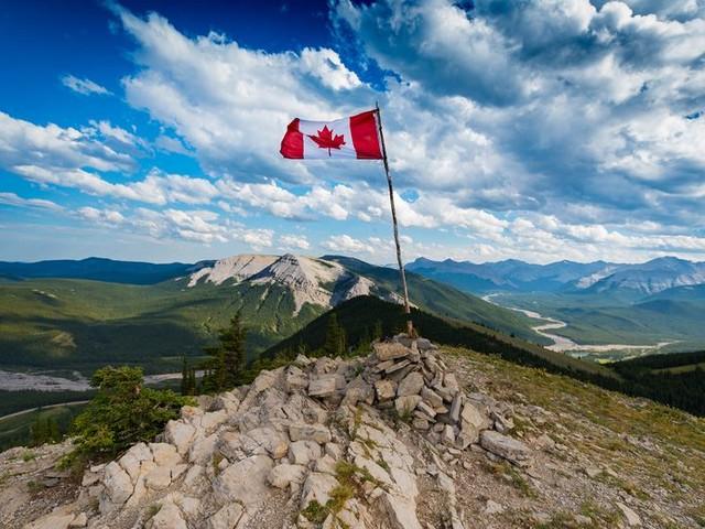 30 Best Summer Travel Destinations in Canada