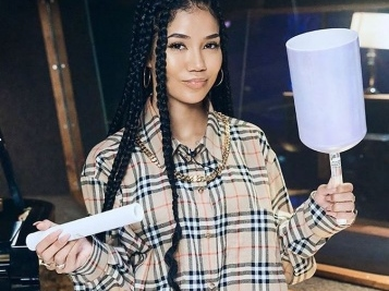 Jhene Aiko Reveals She Was Super Self Conscious Growing Up – 'I Just Never Liked My Face'