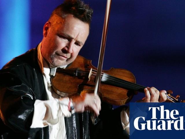 Violinist Nigel Kennedy cancels concert after Classic FM stops Hendrix tribute