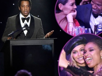 Clive Davis' PRE-GRAMMY BASH: Jay Z Honored, Beyonce & JHud Reunited, Jamie Foxx & Katie Holmes All Boo'd Up & So Much MORE!