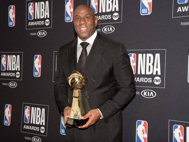 Magic Johnson celebrates 60th birthday by tweeting out top 60 lists for variety of topics