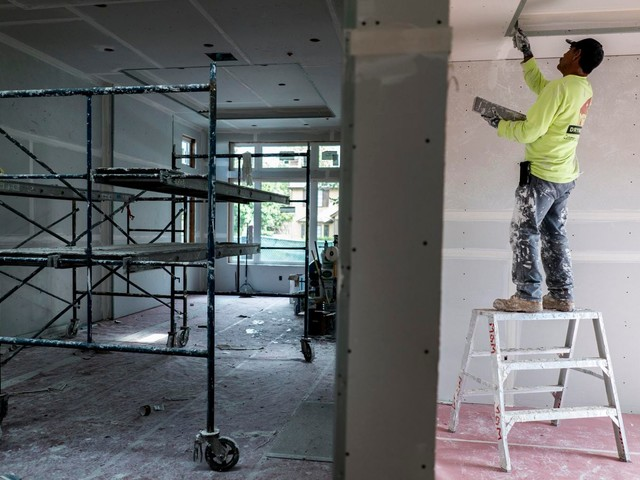 While the Bay Area shelters in place, construction on mansions and luxury condos continues