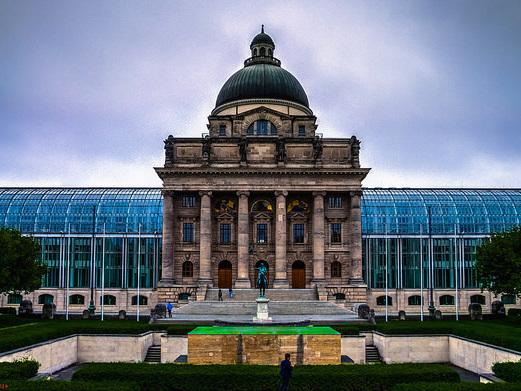 American – $487 (Regular Economy) / $307 (Basic Economy): Washington D.C. / Baltimore – Munich, Germany. Roundtrip, including all Taxes