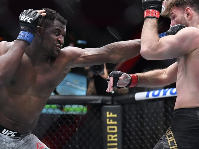 Opinion: UFC should go to its roots for HW dilemma