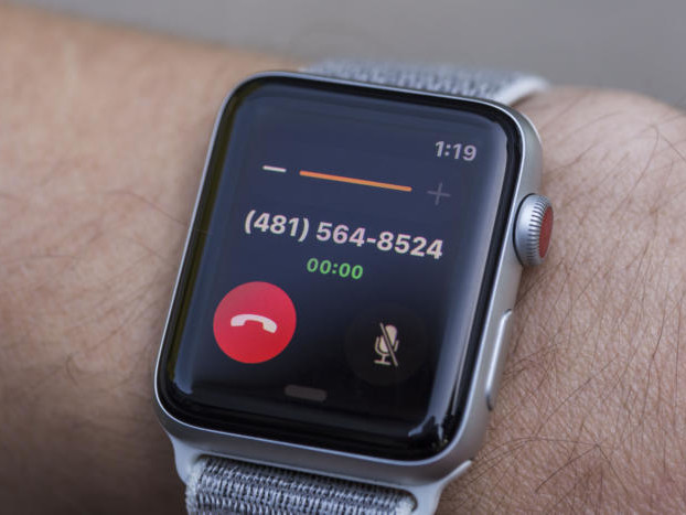 Best Buy is slashing as much as $100 off the price of the Apple Watch Series 3
