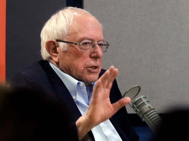 Bernie Sanders calls into his own Iowa rally on the way back from impeachment trial