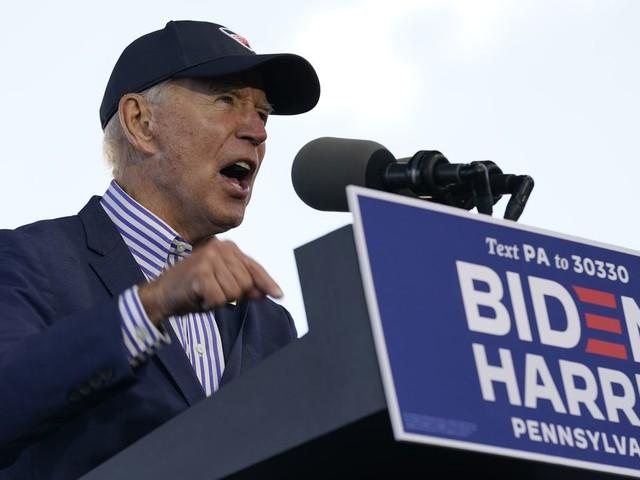 Biden calls Trump supporters 'chumps' at Pennsylvania rally
