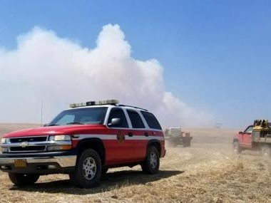 One dead, evacuations ordered in Oregon wildfire