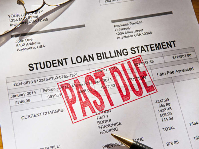 Closer Look at Federal Student Loan Servicers: How Does Navient Compare?