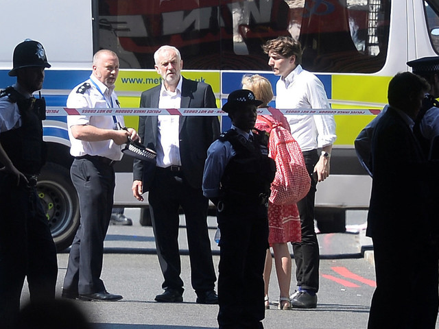 Jeremy Corbyn Visibly Upset As He Visits Scene Of Finsbury Park Mosque Terror Attack