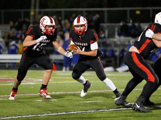 Centennial makes early touchdown hold up against No. 3 St. Michael-Albertville