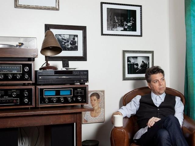 Music becomes medicine as singer Joe Henry battles cancer