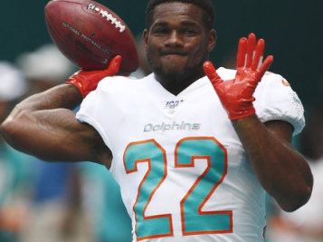 Miami Dolphins CUT RB Mark Walton Hours After Felony Battery Arrest For Allegedly Punching Pregnant Girlfriend