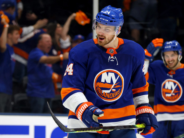 Scott Mayfield has come long way to play 'huge' role for Islanders