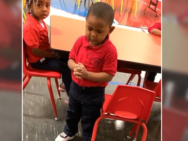 Adorable 3-year-old leads class in touching lunchtime prayer