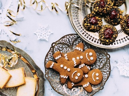 Why you should host a Christmas cookie exchange