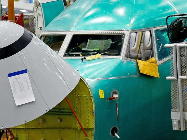 Boeing's 737 Max shouldn't be allowed to fly with a controversial flight-control system, an aviation regulator reportedly said in leaked emails (BA)