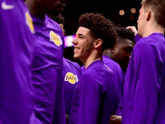 Lonzo Ball on Lakers opener: 'I'm playing, for sure'