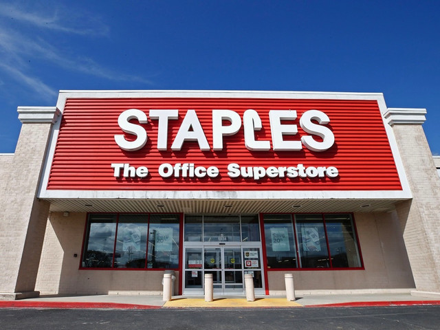 Staples' Black Friday sales just leaked: iPads, AirPods, Windows PCs, smart speakers, and more