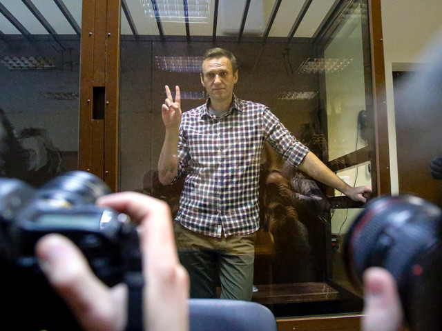 Court rejects Kremlin critic Alexei Navalny's appeal, upholds prison camp sentence