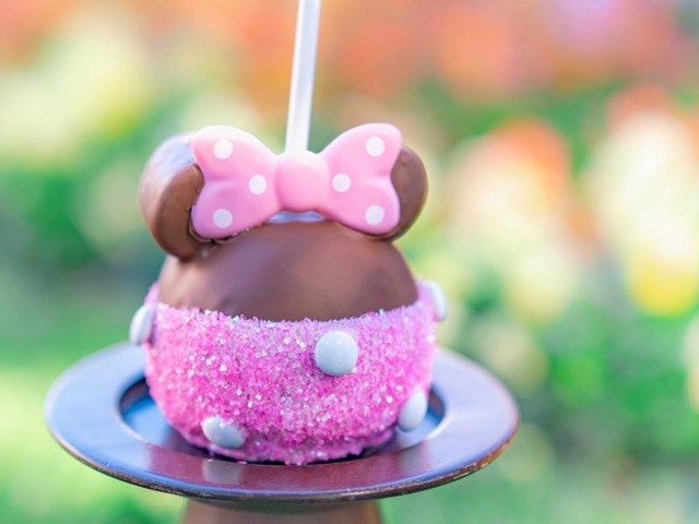 Valentine's Day Sweets and Eats at the Disneyland Resort