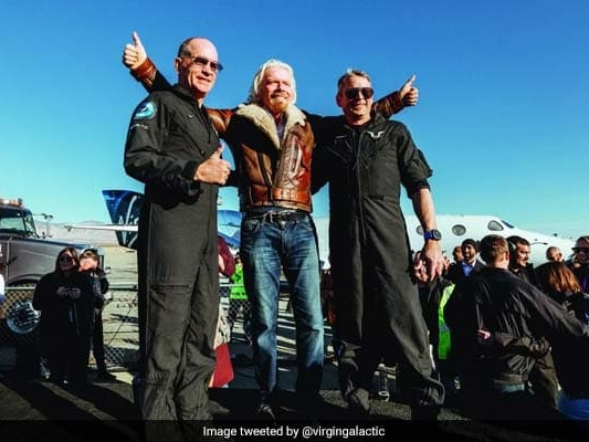 Virgin Galactic Pilots Fly To Edge Of Space, Earn Astronaut Wings