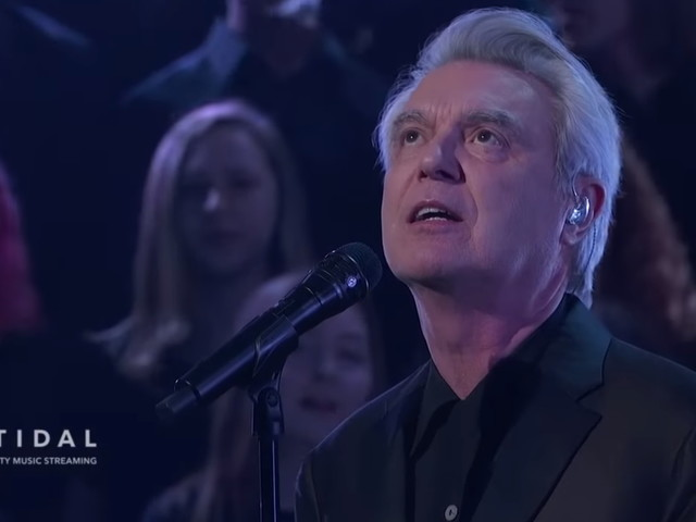 David Byrne & Brooklyn Youth Chorus Perform On 'Kimmel'
