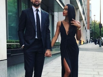 Klay Thompson 'Unlikely' To Play This Season, But At Least He Has Girlfriend Laura Harrier To Keep Him In Good Spirits