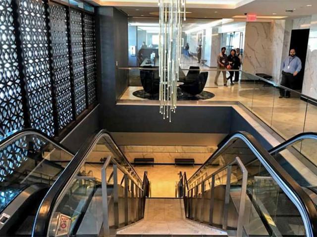 Routes: United closes SFO lounge; SAA restructures + Hong Kong Air, AA, Delta, Condor, more