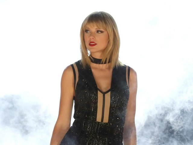 Taylor Swift Mysteriously Deletes All Photos From Her Instagram -- Is New Music Finally on the Way?