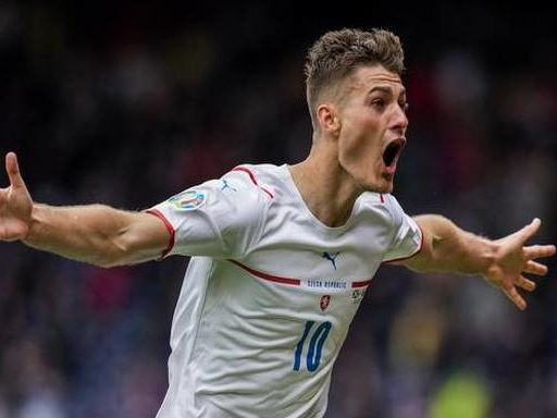 Watch: Patrick Schick scores the longest distance goal of the tournament at Euro 2020