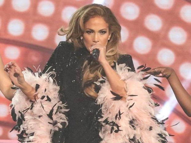 Smokey Robinson Tells Critics to ''Stop Hating'' On Jennifer Lopez's 2019 Grammys Performance
