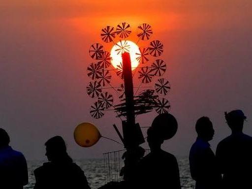 Beach Carnival at Shanghumugham promises waves of fun