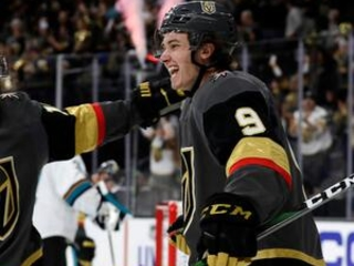 Smith nets 2, Glass scores in debut as Vegas tops Sharks 4-1