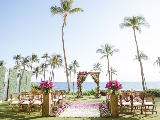 11 Reasons to Have a Destination Wedding at the Hyatt Regency Maui Resort and Spa