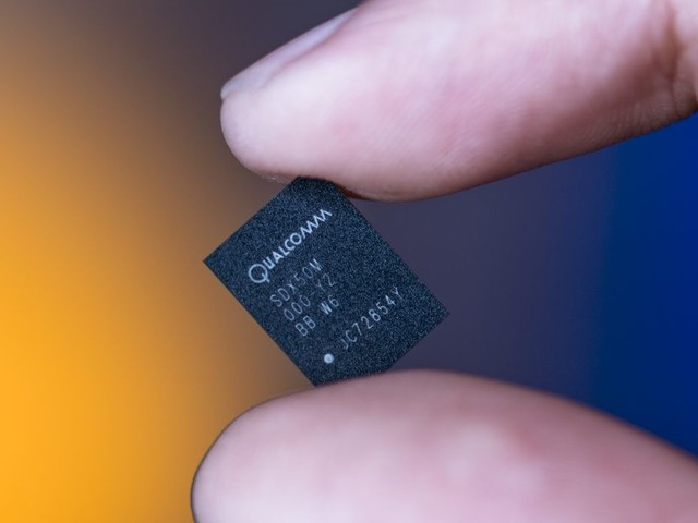 Qualcomm performs first 5G test on a mobile device, debuts 5G reference smartphone design
